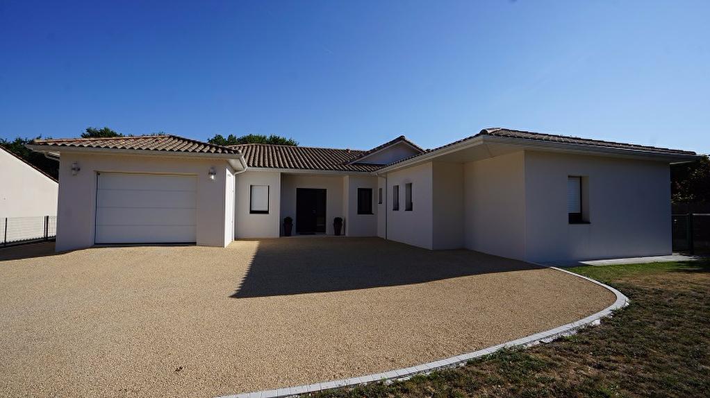 Immobilier basse goulaine a vendre vente acheter for Garage renault haute goulaine