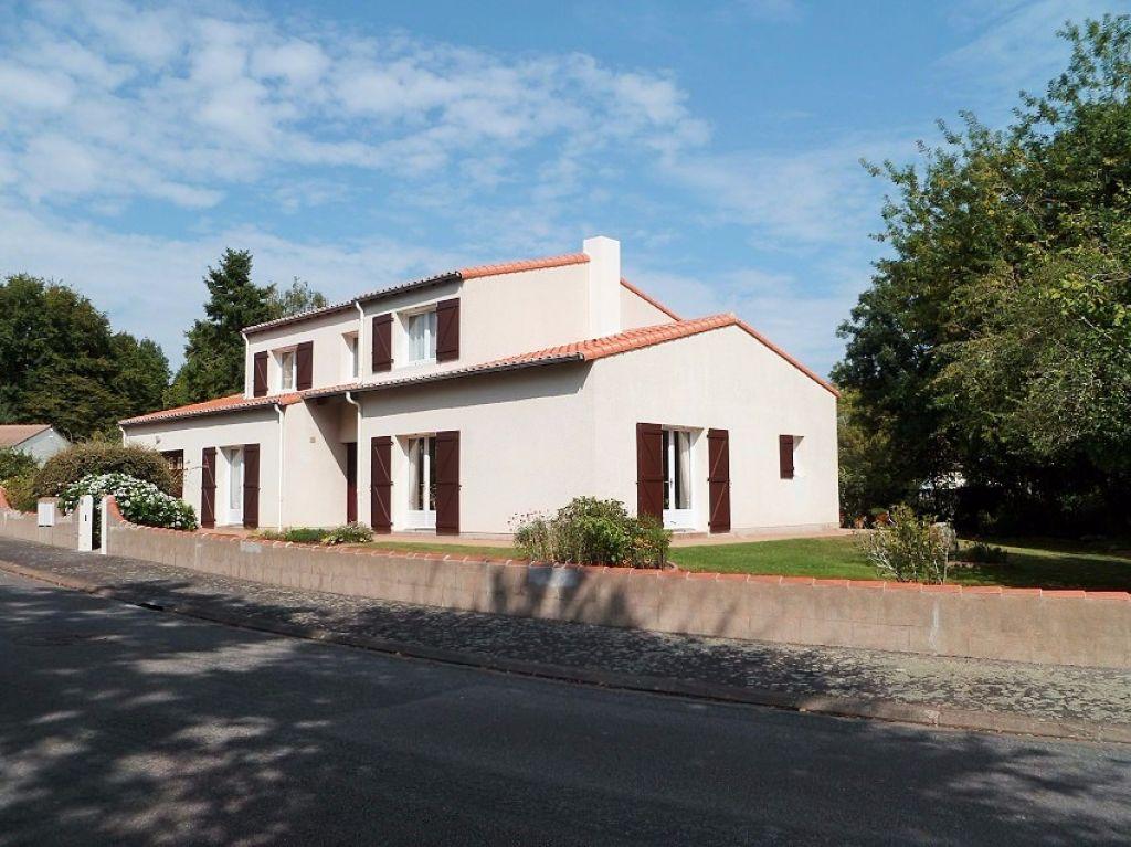 VERTOU MAISON 3 CHAMBRES + BUREAU SUR 1069M² DE TERRAIN